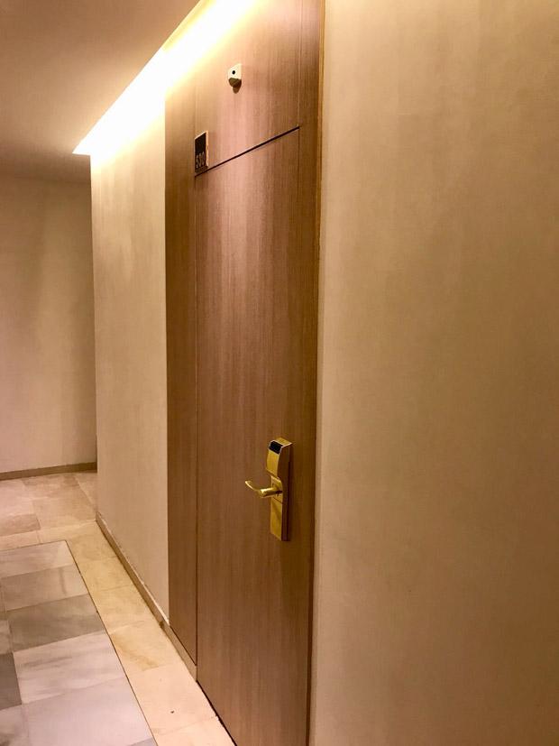 hotel-catalonia-1